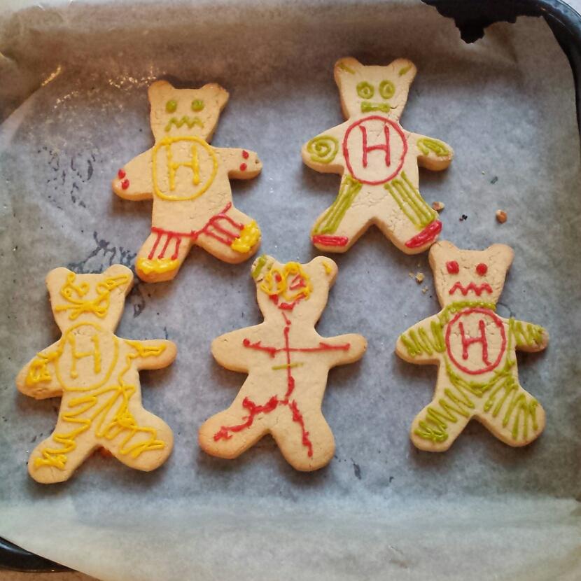Vegan, gluten free Gingerbread RobotTeddies!